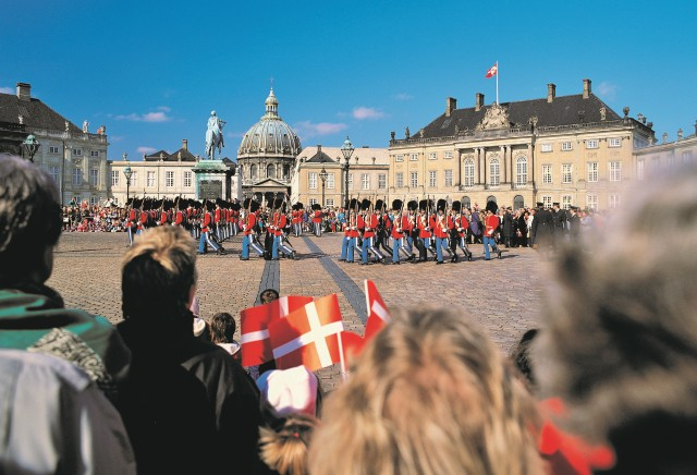 Amalienborg Palace, Copenhagen. Cruise to Scandinavia – Hit The Road Travel