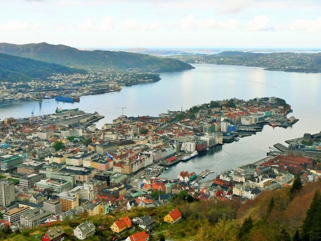 Bergen. Fiordy norweskie wycieczka, wycieczki doNorwegii – Hit The Road Travel