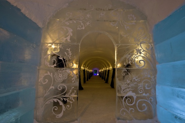 Igloo hotel in Alta, Norway. Northern lights tours, winter trips to Norway – Hit The Road Travel