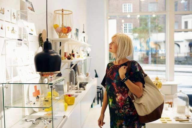 Shopping on Avenyn, Gothenburg, Sweden. Trip to Gothenburg, conference in Gothenburg – Hit The Road Travel