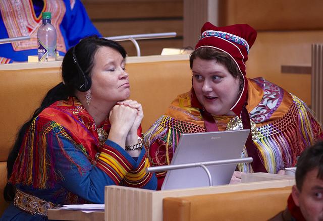 Saamski parlament wKarasjok. Wycieczka naNordkapp, Norwegia wycieczki – Hit The Road Travel