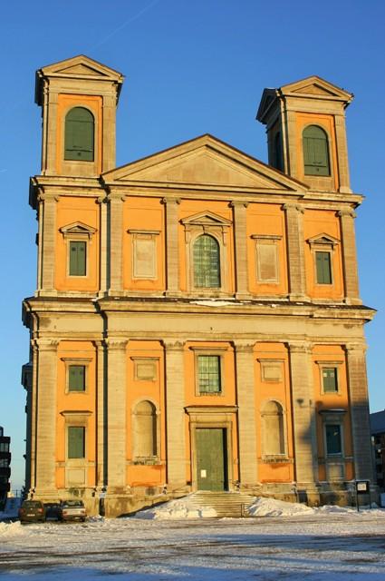 Karlskrona, Kościół Fryderyka. Wycieczki doSzwecji, wycieczki promem – Hit The Road Travel
