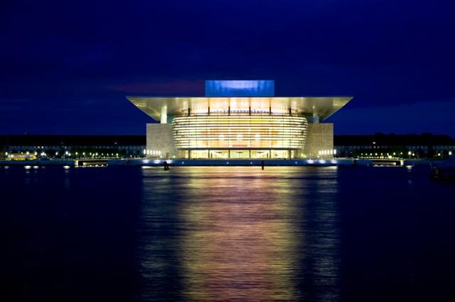Opera Królewska wKopenhadze. Wycieczka doKopenhagi – Hit The Road Travel