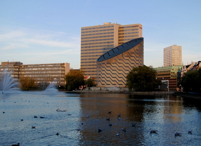 Tycho Brahe Planetarium in Copenhagen. Tours of Copenhagen – school trips, family trips – Hit The Road Travel