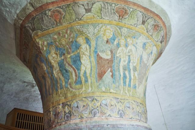 Kościół rotundowy wNylars. Wycieczka naBornholm – Hit The Road Travel