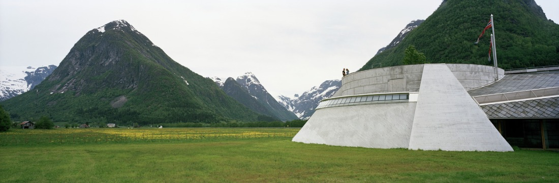 Norwegian Glacier Museum in Fjærland. Norway tours – Hit The Road Travel