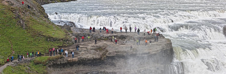 Złoty Wodospad Gullfoss. Islandia wycieczki, wycieczka naIslandię – Hit The Road Travel
