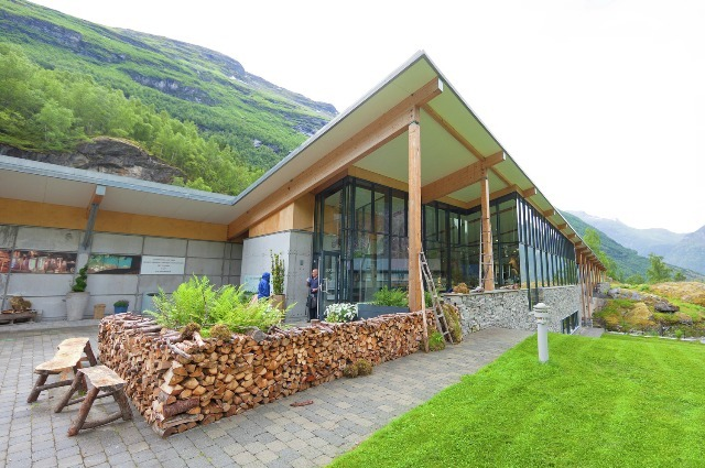 Norwegian Fjord Centre in Geiranger. Tour of Norway, fjord tours – Hit The Road Travel