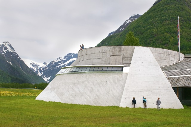 Norwegian Glacier Museum, Fjærland. Tour of Norway, fjord tours – Hit The Road Travel