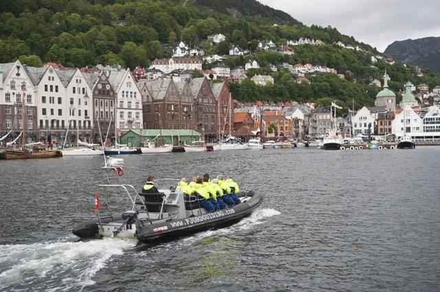 Bergen, Norwegia. Wycieczka doNorwegii, Hit The Road Travel
