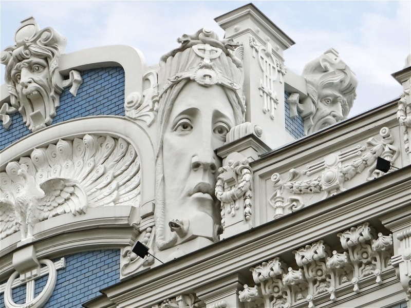Art Nouveau townhouse on Elizabetes iela street in Riga. Tours of the Baltic States, Helsinki tours – Hit The Road Travel