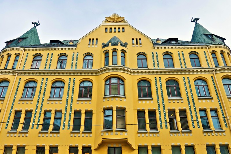 Cat House in Riga. Tours of the Baltic States, Helsinki tours – Hit The Road Travel