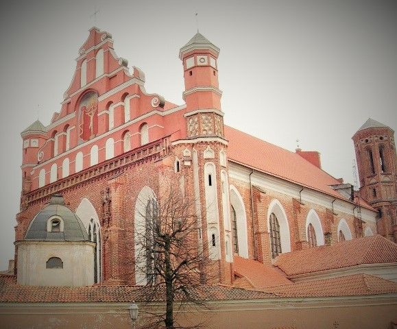 Church of St. Francis and St. Bernard, Vilnius, Lithuania. Tours of the Baltic States, Helsinki tours – Hit The Road Travel