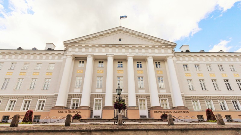 Tartu University, Estonia. Tours of the Baltic States, Helsinki tours – Hit The Road Travel