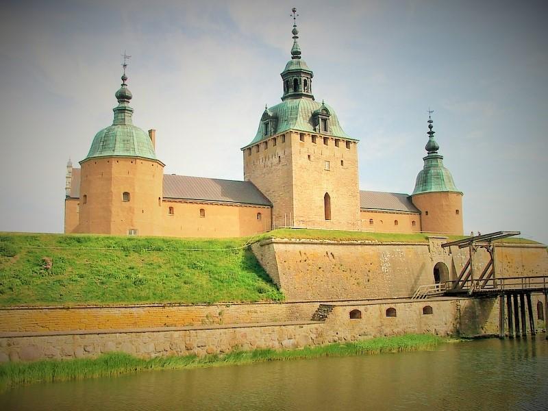 Calmar Kastle. Weekend trip to Sweden, Sweden tours