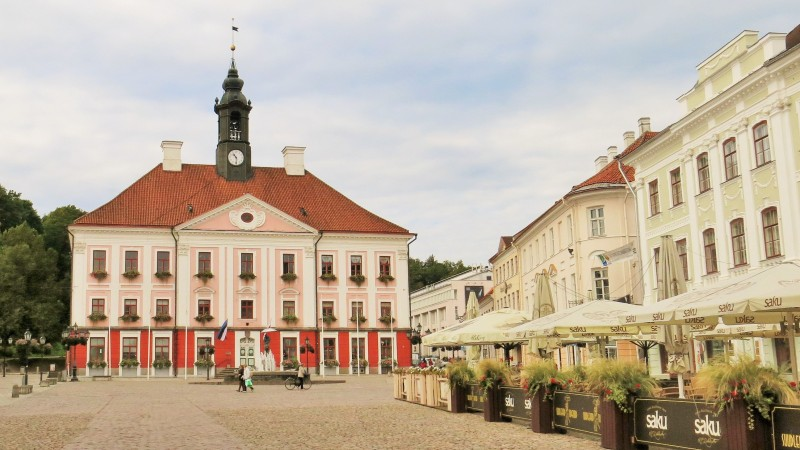 Tartu City Hall, Estonia. Tours of the Baltic States, Helsinki tours – Hit The Road Travel