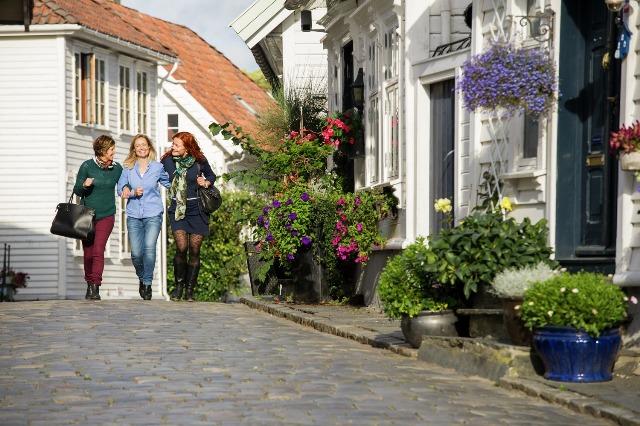 Stare Miasto wStavanger. Wycieczka doNorwegii, Hit The Road Travel