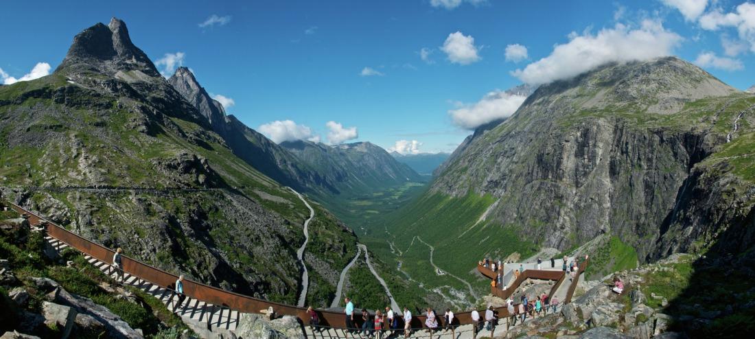 Droga Trolli, Norwegia. Wycieczka doNorwegii, Hit The Road Travel