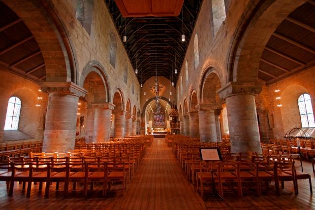 Romańska Katedra wStavanger. Wycieczka doNorwegii, Hit The Road Travel