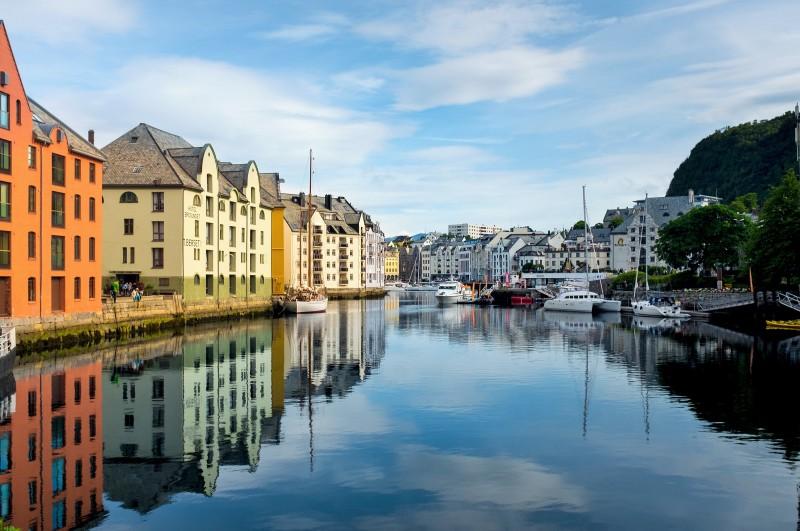 Ålesund, wycieczka doNorwegii, Hit The Road Travel