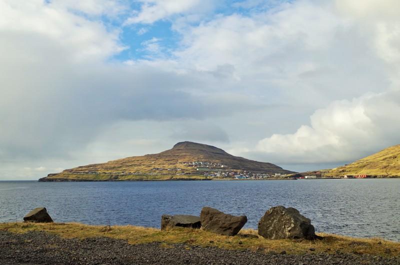 Eiði – miejscowość nawyspie Eysturoy. Wyspy Owcze - Hit The Road Travel